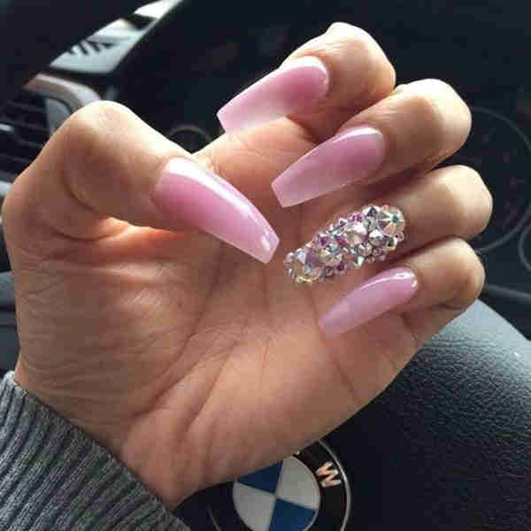 trending-nails-designs-acrylic1134