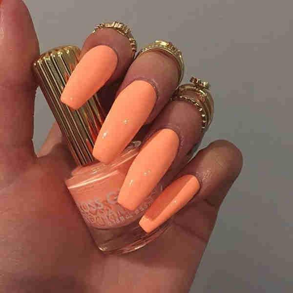 trending-nails-designs-acrylic8