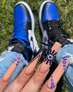 trending-nails-designs-acrylic1