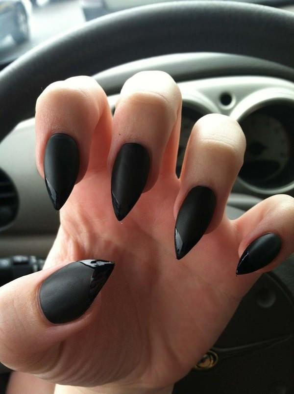 trending-nails-designs-in-black-1