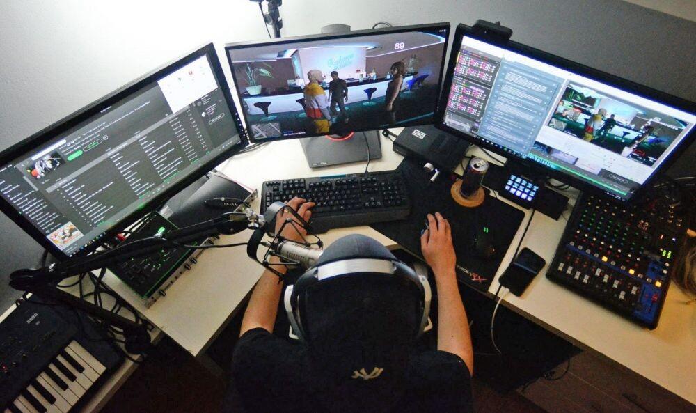 streamer-live-stream-la-gi