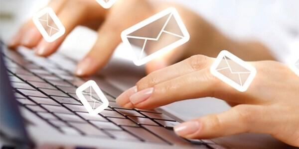 Mau-email-phan-hoi-khach-hang-theo-doi-dich-vu