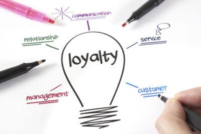 Loyalty marketing là gì? 4 cách giữ chân khách hàng hiệu quả nhất